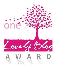 http://bluebutterfliesandme.files.wordpress.com/2012/07/one-love-blog-award-two13.jpg